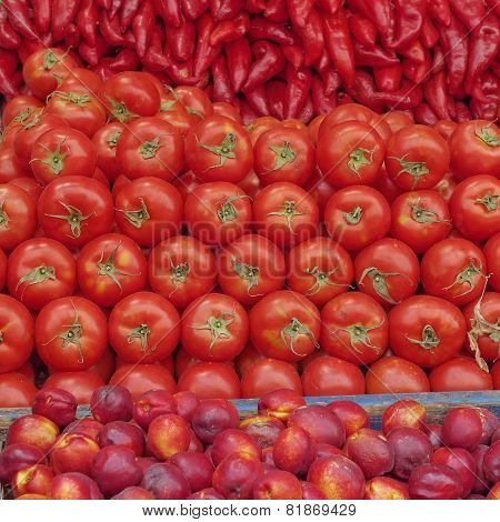 vibrant red fruits and vegetables