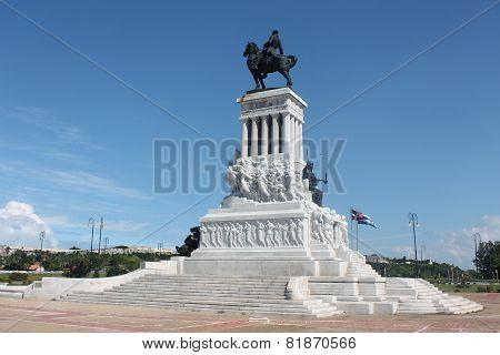 monuments Havana