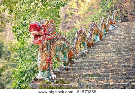 asian dragon sculpture, Ninh Binh, Vietnam