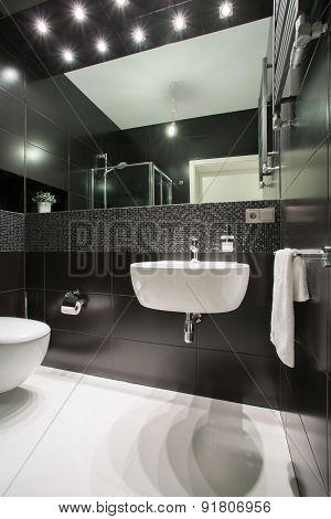 Photo Of Exclusive Bathroom