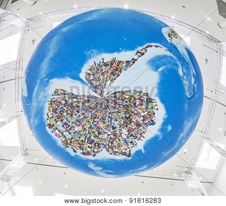 Photo Globe,  In Cologne