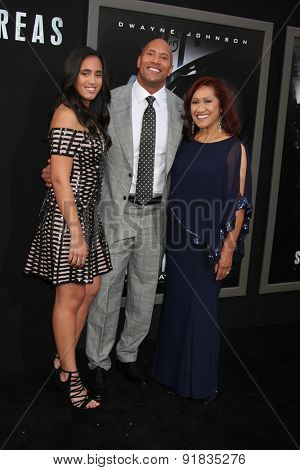 LOS ANGELES - MAY 26:  Simone Alexandra Johnson, Dwayne Johnson, Ata Johnson at the