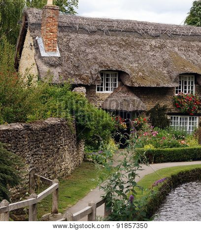 Thatched cottage in Yorkshire