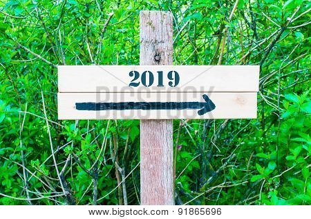 Year 2019  Directional Sign