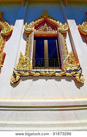 Kho Samui Bangkok In Thailand   Gold  Temple