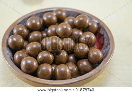 Shiny Chocolate Balls