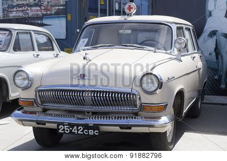 Soviet retro car GAZ Volga