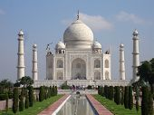 picture of mumtaj  - the beautiful taj mahal in india agra - JPG