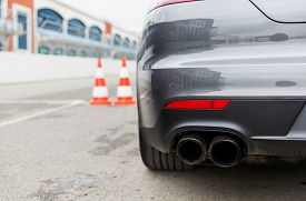 picture of extreme close-up  - racing - JPG