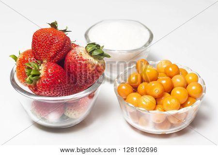 Jam preparation : Fruits and Sugar to prepare jam