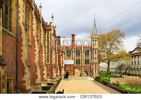 Lincoln's Inn Court in London UK. Honourable Society of Lincoln's Inn is one of four Inns of Court in London to which barristers of England and Wales belong & where they are called to Bar.