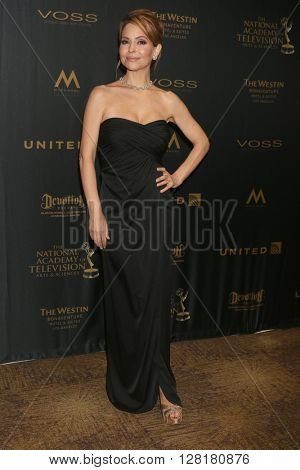 LOS ANGELES - APR 29:  Lisa LoCicero at the 43rd Daytime Emmy Creative Awards at the Westin Bonaventure Hotel  on April 29, 2016 in Los Angeles, CA