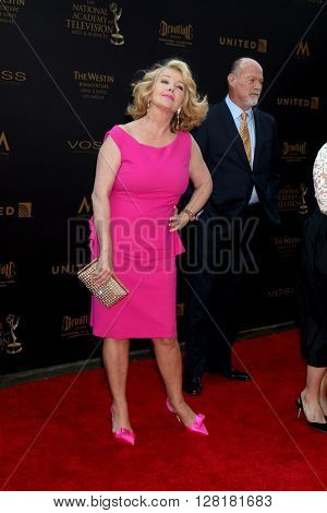 LOS ANGELES - APR 29:  Melody Thomas Scott at the 43rd Daytime Emmy Creative Awards Arrivals at the Westin Bonaventure Hotel  on April 29, 2016 in Los Angeles, CA