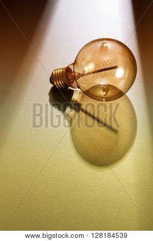 light ray shine on the light bulb