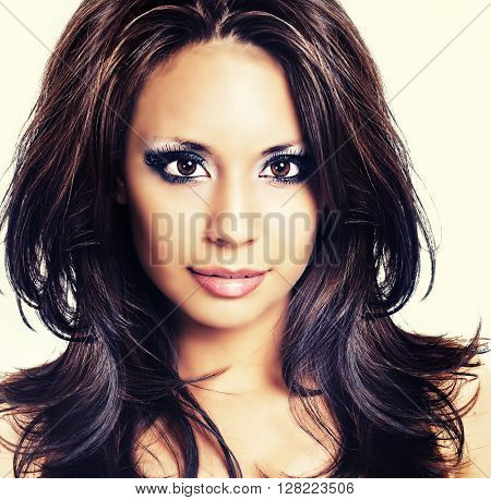 Beautiful face go young woman with gorgeous brunette hair