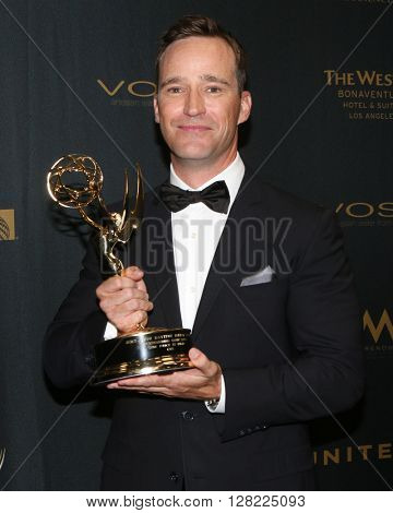 LOS ANGELES - MAY 1:  Michael Richards at the 43rd Daytime Emmy Awards at the Westin Bonaventure Hotel  on May 1, 2016 in Los Angeles, CA
