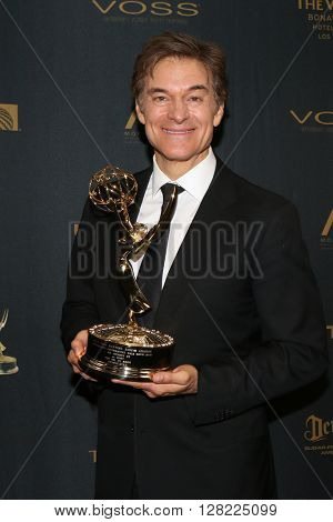 LOS ANGELES - MAY 1:  Dr. Mehmet Oz at the 43rd Daytime Emmy Awards at the Westin Bonaventure Hotel  on May 1, 2016 in Los Angeles, CA
