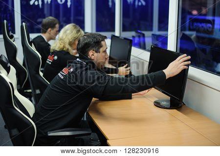 setting LAN final WePlay League Season 3 Dota 29 April - 1 May Kiev Ukraine