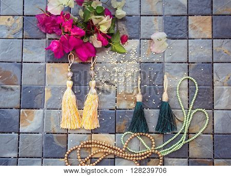 set to create brightly colored jewelry: earrings, pendants