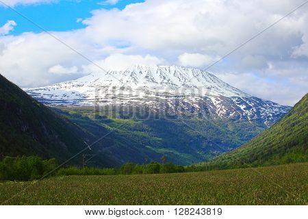 Mountain Gaustatoppen