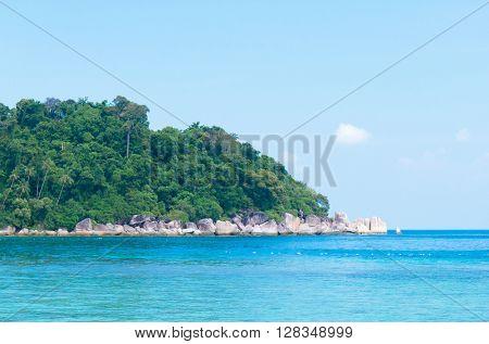 Lagoon Boulders Idyllic Island