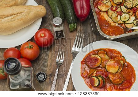 courgette gratin, zucchini baked, vegetables on the table