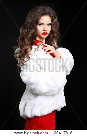 Winter Woman In Luxury White Fur Coat. Beauty Fashion Model Girl. Perfect Makeup And Accessories. Ma