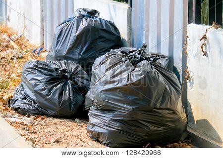 Garbage bags:Keep garbage in bag for eliminate