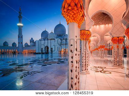 ABU DHABI, UAE - MAR 19, 2014: Amazing night view at Mosque, Abu Dhabi, United Arab Emirates