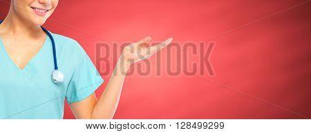Nurse presenting a copy space.