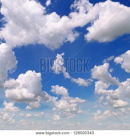 A cumulus clouds in the blue sky