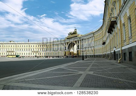Winter Palace Square and The General Staff building, State Hermitage Museum, St. Petersburg, Russia