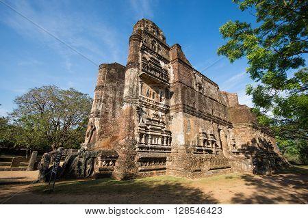 POLONNARUVA, SRI LANKA - MAY 01 2016 :  Lankathilaka Image House is a monolithic Buddha image house built by king Parakramabahu (1153-1186) lying on the South of Kiri Vehera.