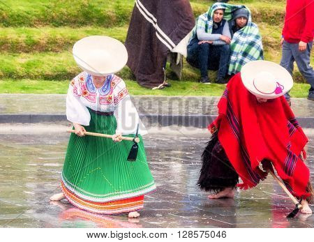 Ingapirca Ecuador - 20 June, 2015: Unidentified Indigenous Couple Celebrating Inti Raymi Honoring Diets Inti In Ingapirca On June 20, 2015