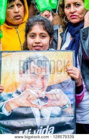Banos De Agua Santa - 29 November, 2014: Happy Latin American People Are Welcoming The President Of The Ecuador Rafael Corea In Banos De Agua Santa On November 29, 2014