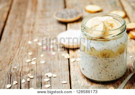 overnight oats with Greek yogurt Chia seeds and banana