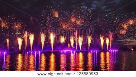Laser show in St.Petersburg June 24: Holiday