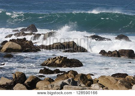 This is an images of the incoming tide along the coast of Pacific Grove, California, U.S.A.
