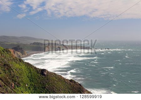 Scenery along California's Hwy 1 in the Big Sur region ** Note: Visible grain at 100%, best at smaller sizes