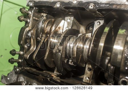 Open Engine Block And Crankshaft In Service Garage