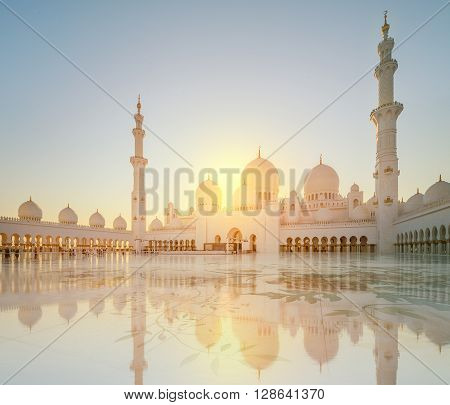 Sheikh Zayed Grand Mosque at day light, Abu-Dhabi, UAE