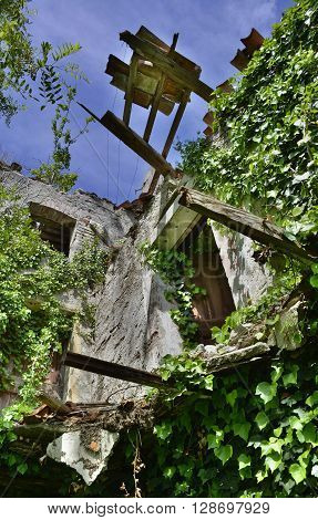 A derelict former farmhouse in northern Italy
