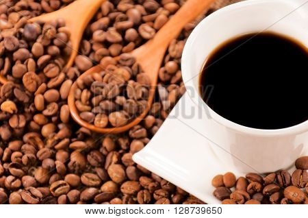 Raw And Instant Coffee