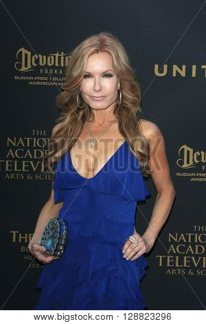 LOS ANGELES - APR 29: Tracey Bregman at The 43rd Daytime Creative Arts Emmy Awards Gala at the Westin Bonaventure Hotel on April 29, 2016 in Los Angeles, California