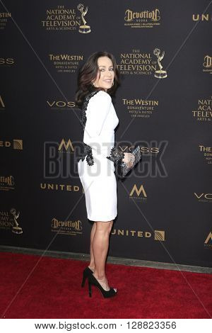 LOS ANGELES - APR 29: Patricia Heaton at The 43rd Daytime Creative Arts Emmy Awards Gala at the Westin Bonaventure Hotel on April 29, 2016 in Los Angeles, California