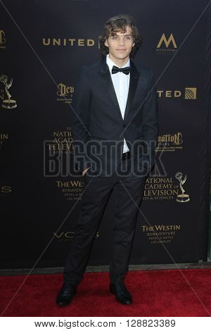 LOS ANGELES - APR 29: James Lastovic at The 43rd Daytime Creative Arts Emmy Awards Gala at the Westin Bonaventure Hotel on April 29, 2016 in Los Angeles, California