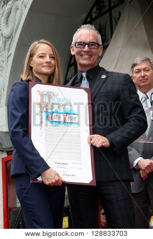LOS ANGELES - MAY 4:  Jodie Foster, Mitch O'Farrell at the Jodie Foster Hollywood Walk of Fame Star Ceremony at the TCL Chinese Theater IMAX on May 4, 2016 in Los Angeles, CA