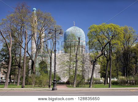 SAINT-PETERSBURG RUSSIA - MAY 6, 2016: The Saint Petersburg Mosque at sunny spring day. Mosque is situated in downtown Saint-Petersburg. It can accommodate up to 5 000 worshippers. May 6 2016
