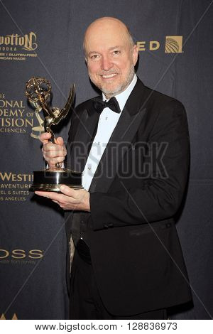 LOS ANGELES - APR 29: Ray Thompson at The 43rd Daytime Creative Arts Emmy Awards Gala at the Westin Bonaventure Hotel on April 29, 2016 in Los Angeles, California