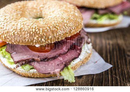 Bagel With Roast Beef